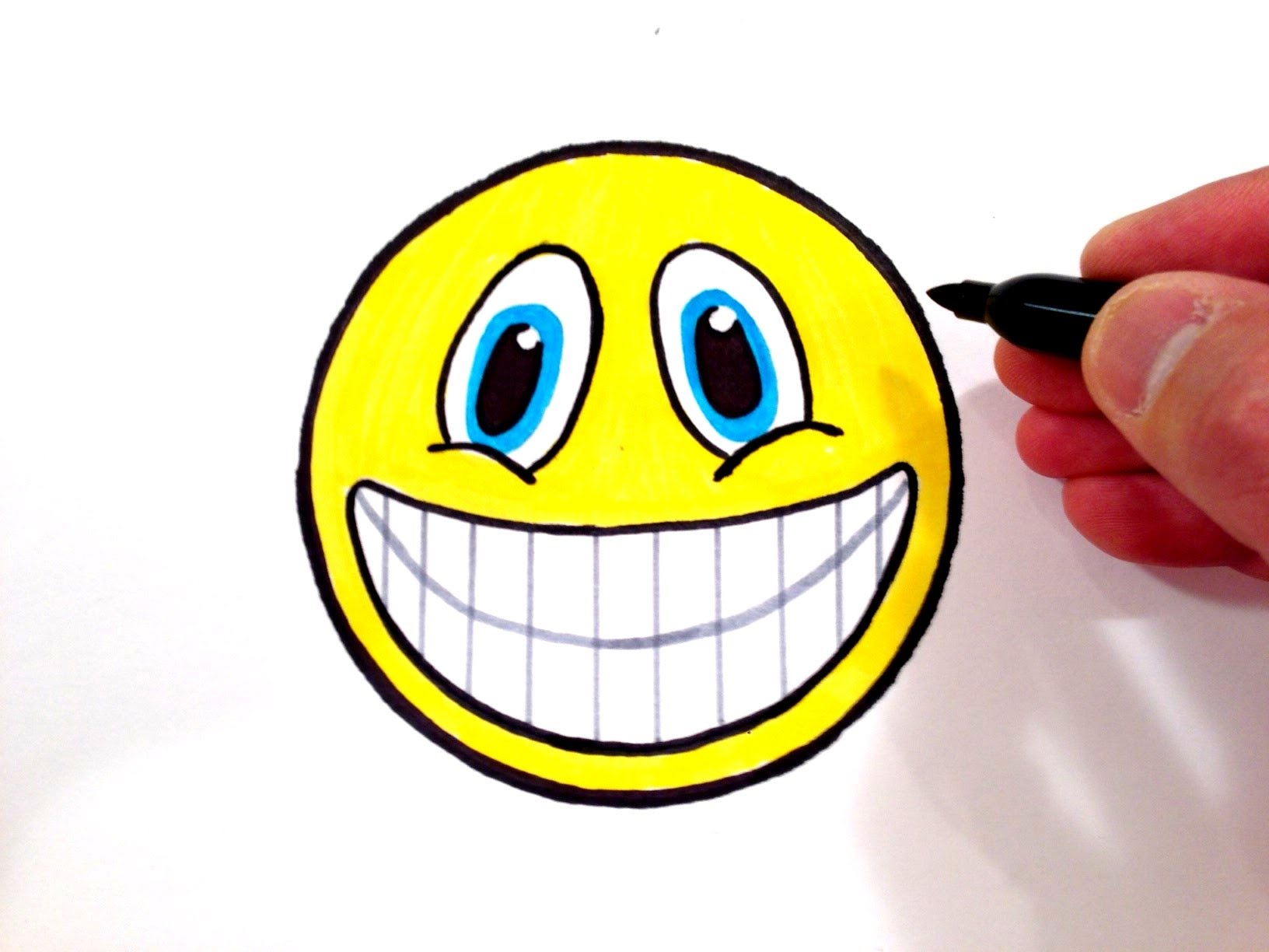 Drawn smile smiley face How  Teeth to a