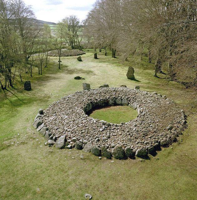 Drawn spheric stone circle 379 circles stones standing on