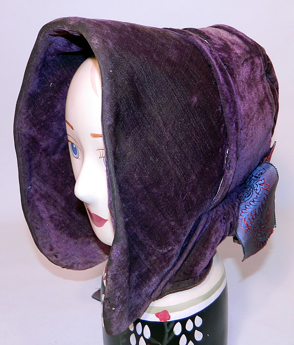 Drawn spoon victorian Bonnet Antique Velvet Violet War