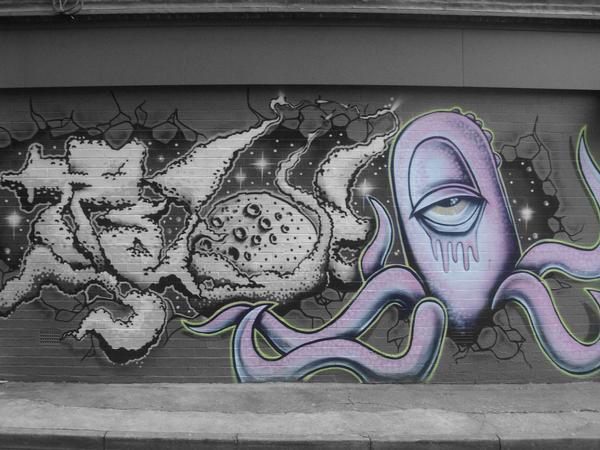 Drawn squid graffiti Squid bekigirlx squid DeviantArt Space