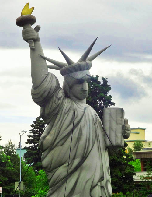 Drawn statue of liberty inflatable Blue statue America in
