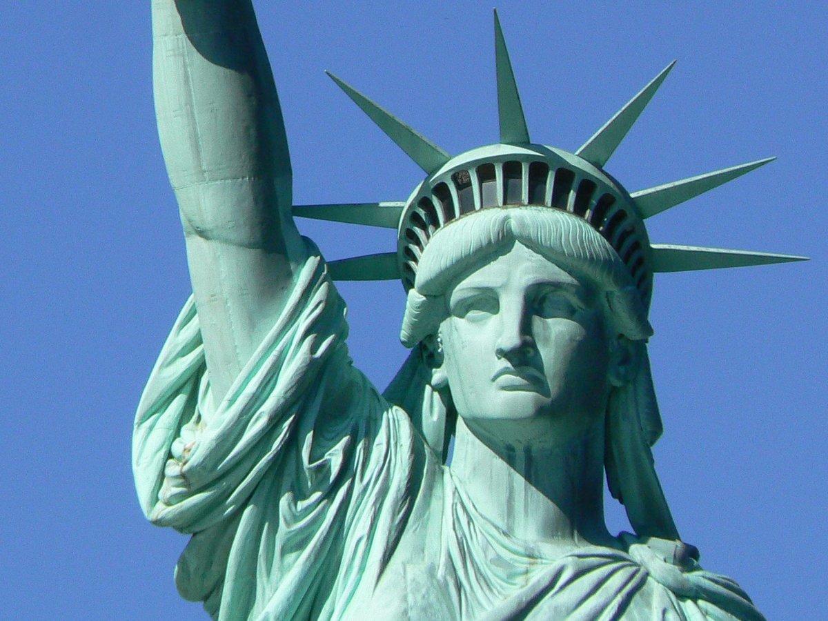 Drawn statue of liberty libert Face_of_statue_of_liberty Statue MaptoCity Liberty Face