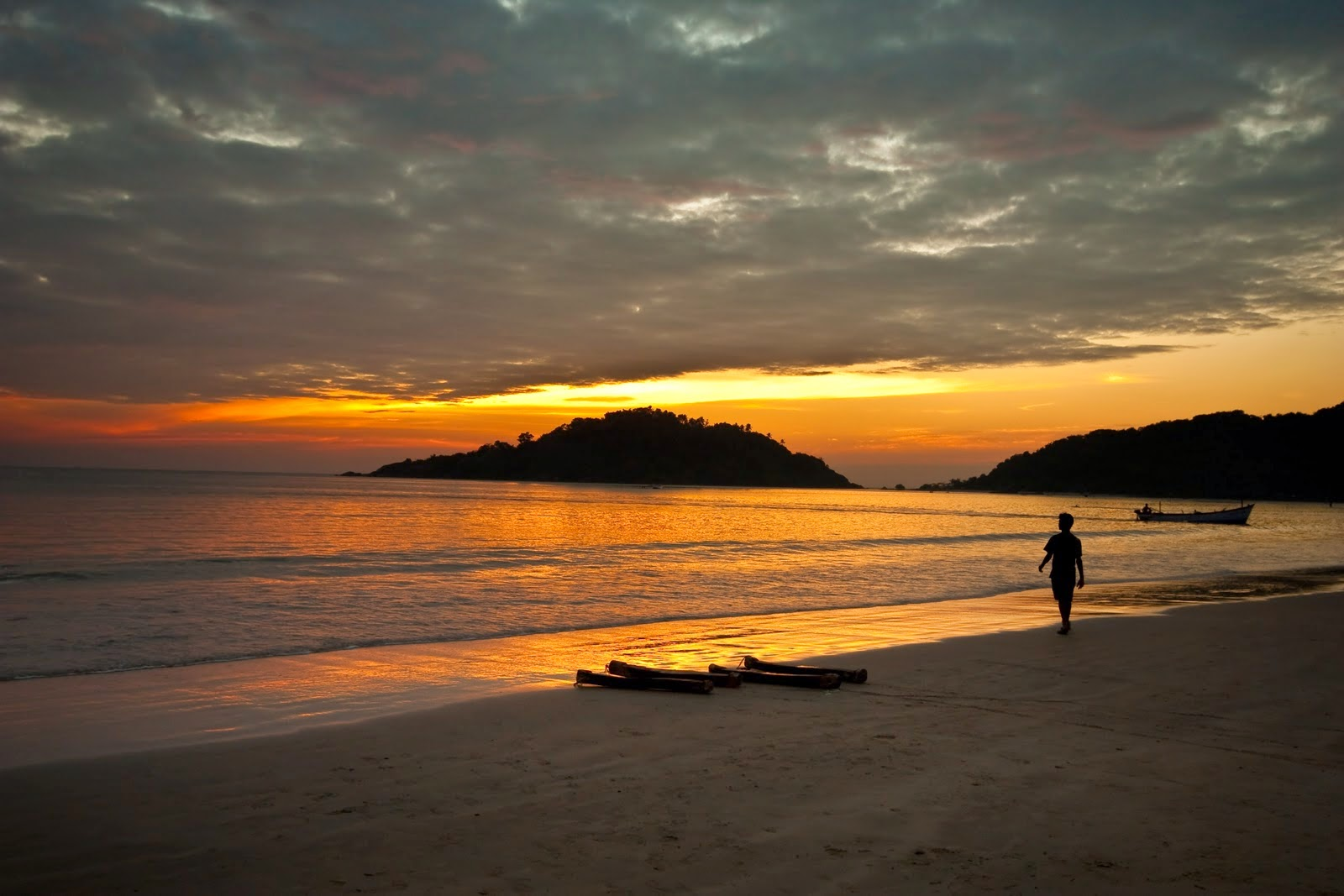 Drawn sunrise kerala scenery Beach the in points Palolem