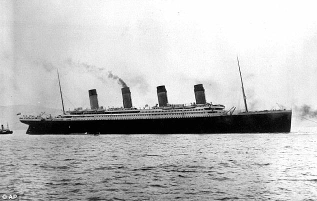 Drawn titanic black and white Leaves Southampton of April shows