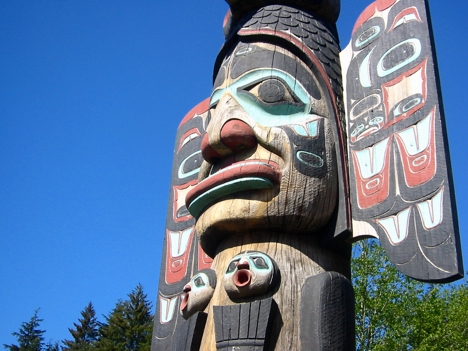 Totem Pole clipart chinook More ideas about Totem Discover