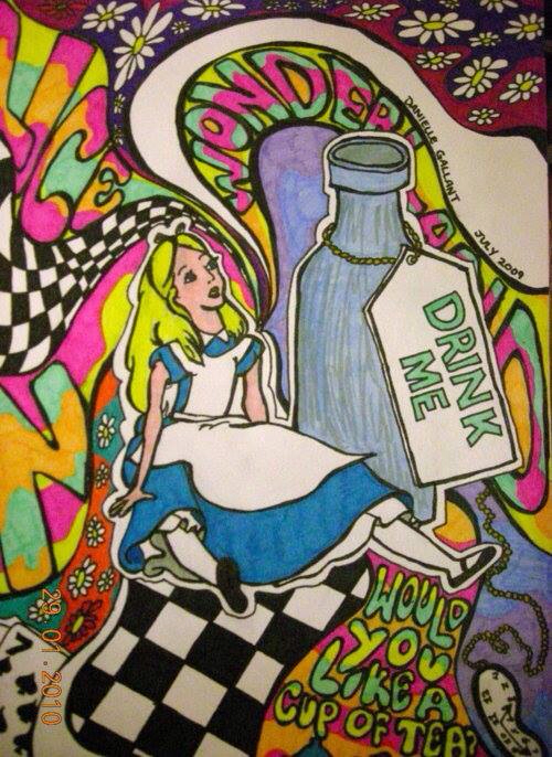 Drawn triipy alice in wonderland  Trippy Alice Pinterest in