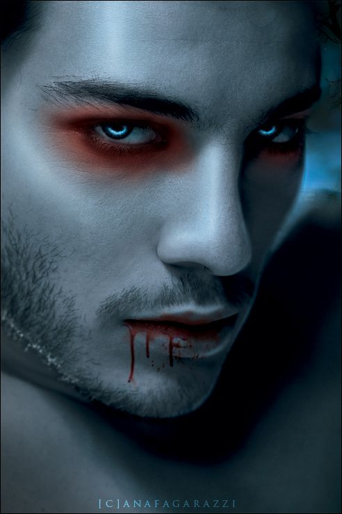Drawn vampire blue eye This Pin on Vampire 15