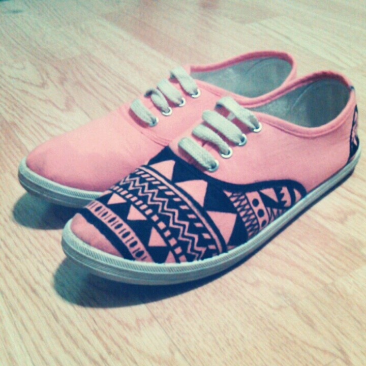 Drawn vans aztec pattern 46 Pinterest DIY done DIY