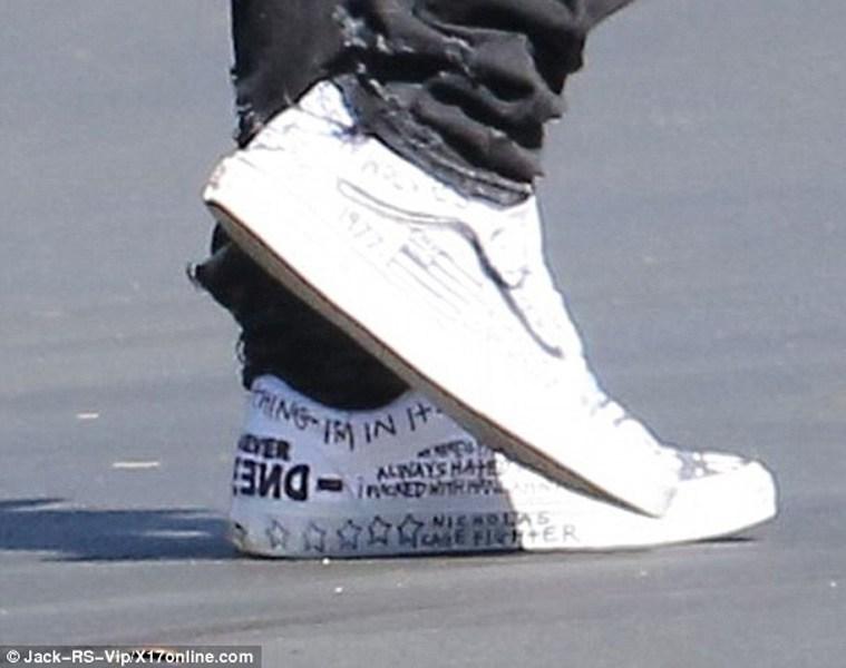 Drawn vans kanye Cali Wears Skools Kanye Wears