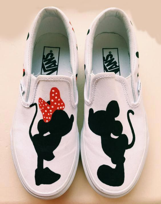 Drawn vans paint 25+ Painted sneakers Pinterest Best