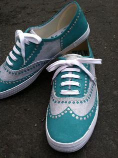 Drawn vans woman Yellow Oxford  Shoes Hand