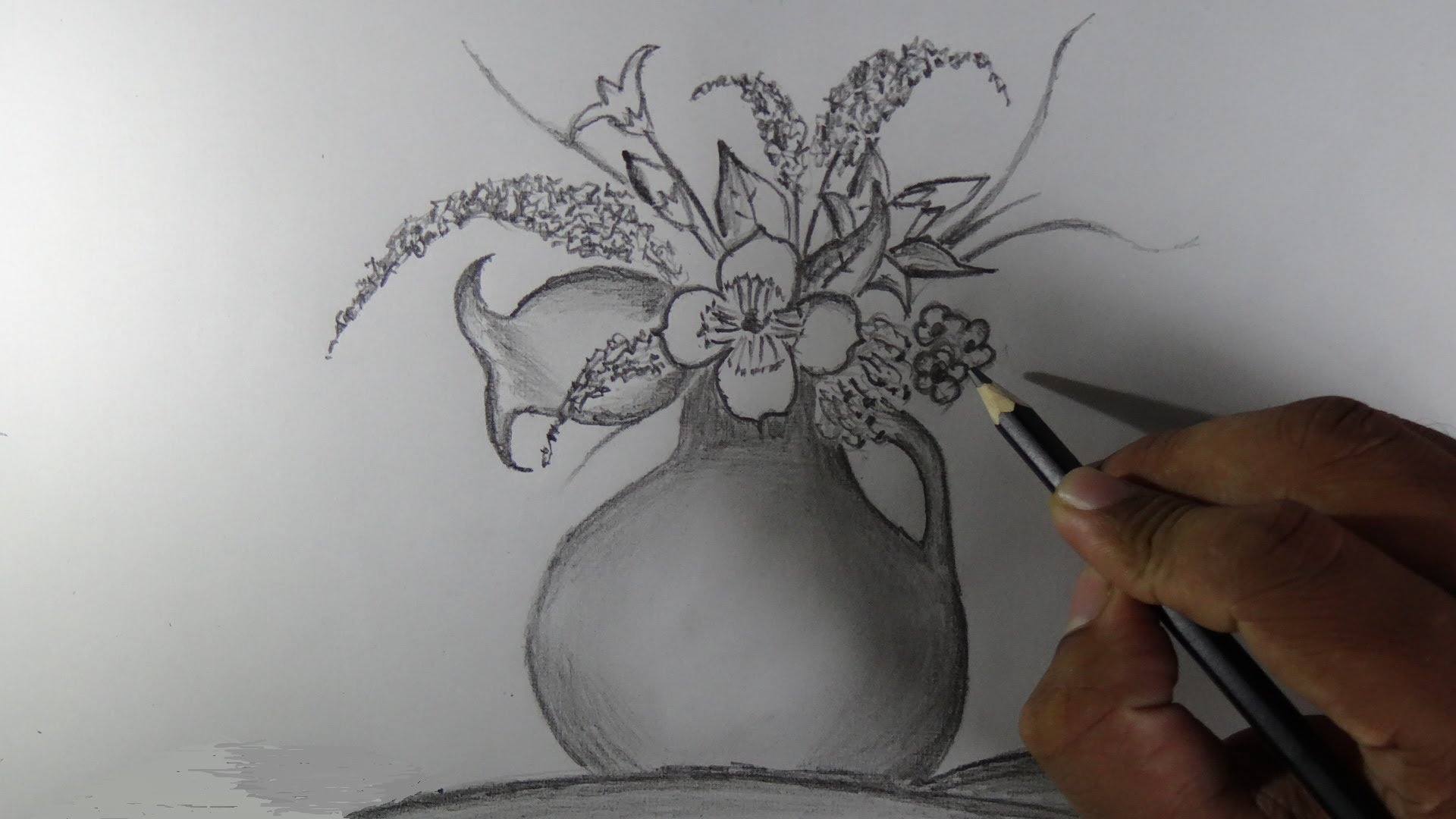 Drawn red rose vase drawing Drawing a YouTube flower vase