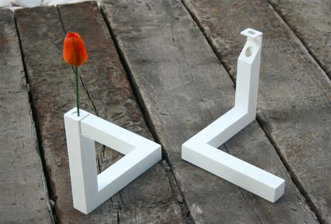 Drawn vase triangle An optical Triangle Optical Illusion