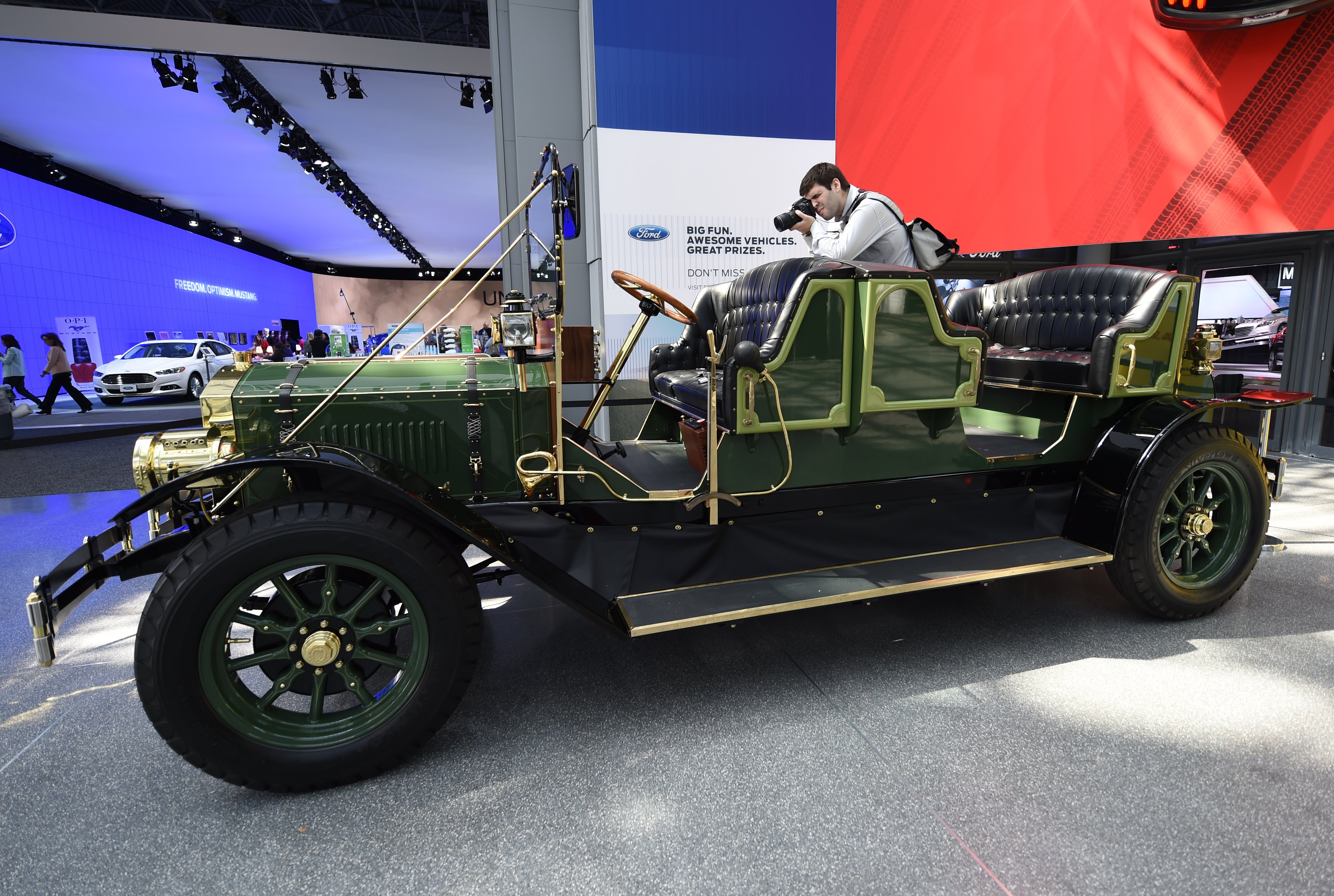 Drawn vehicle antique car  that York « To