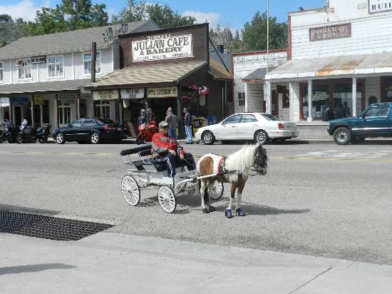 Drawn vehicle cute Cute carriage carriage Cute Pie