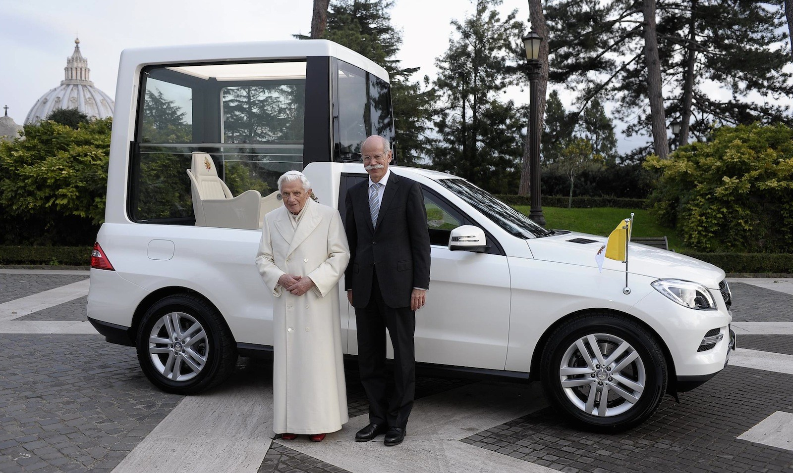 Drawn vehicle modified car The a Popemobile horse History
