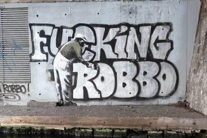 Drawn wars graffito In KING ROBBO vs GRAFFITI)