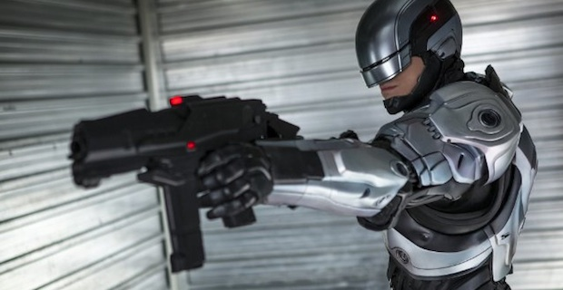 Drawn weapon robocop 2014 Review Review 'RoboCop' Screen Screen