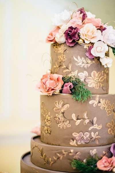 Drawn wedding cake just More Stunning Stunning Wedding images