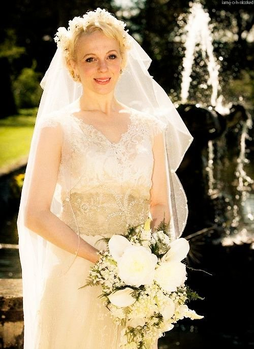 Drawn wedding dress mary jane watson Twitter on hashtag #marywatson marywatson