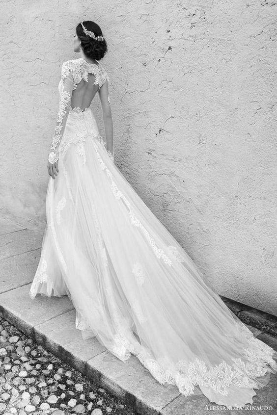 Drawn wedding dress vintage dress Pinterest on 25+  gowns