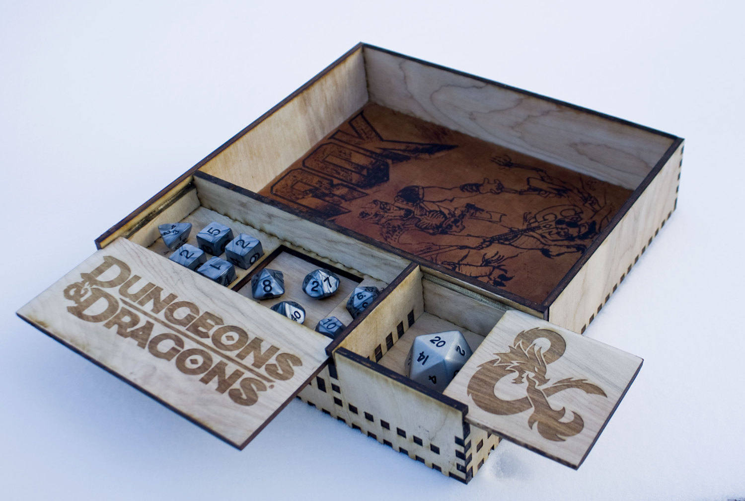 Dungeons & Dragons clipart white box Case tray Dice and Custom