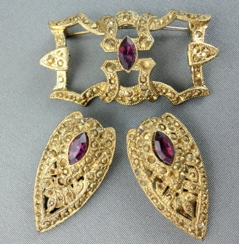 Earrings clipart cartoon Amethyst  Simple Brooch Clip