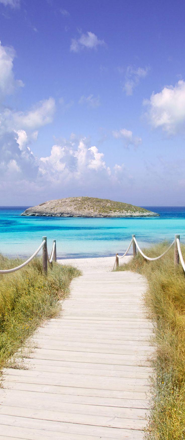 Eiland clipart beach scene Beach Beaches: on Spain island