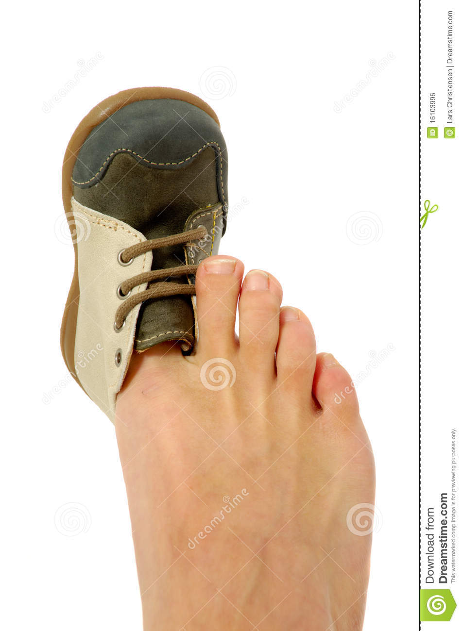 Feet clipart big and small Shoe foot Small clipart small