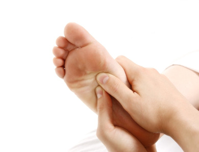 Feet clipart foot rub Refreshing and oil stimulate a