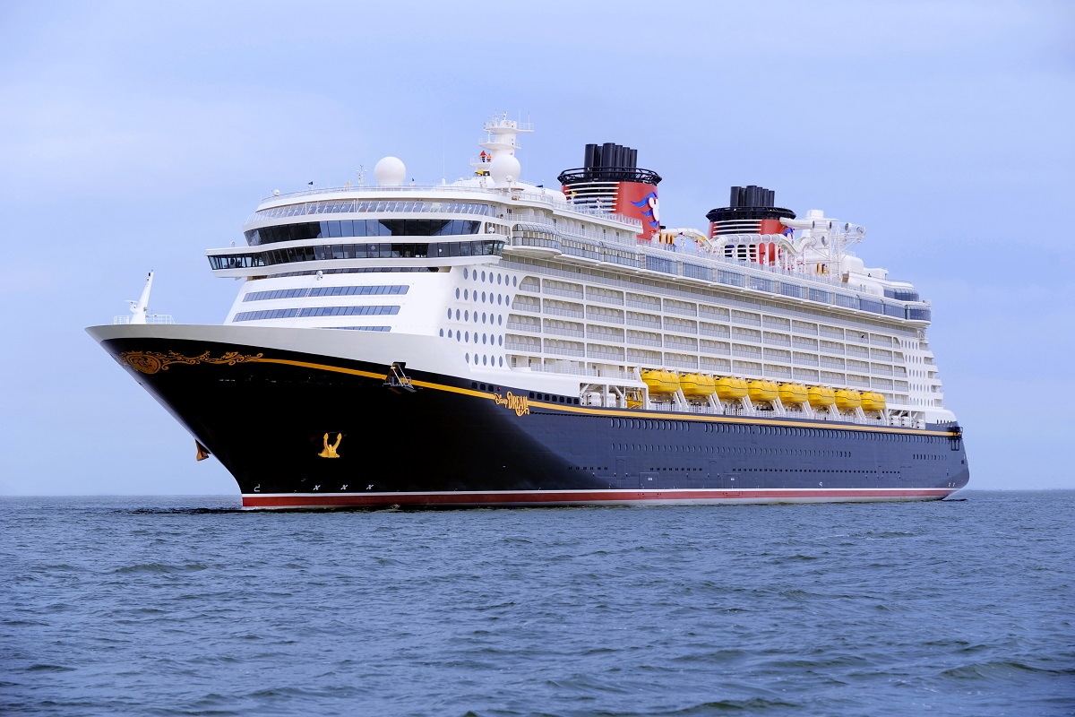 Ferry clipart disney cruise line Line ships 2 Espaces Cruise