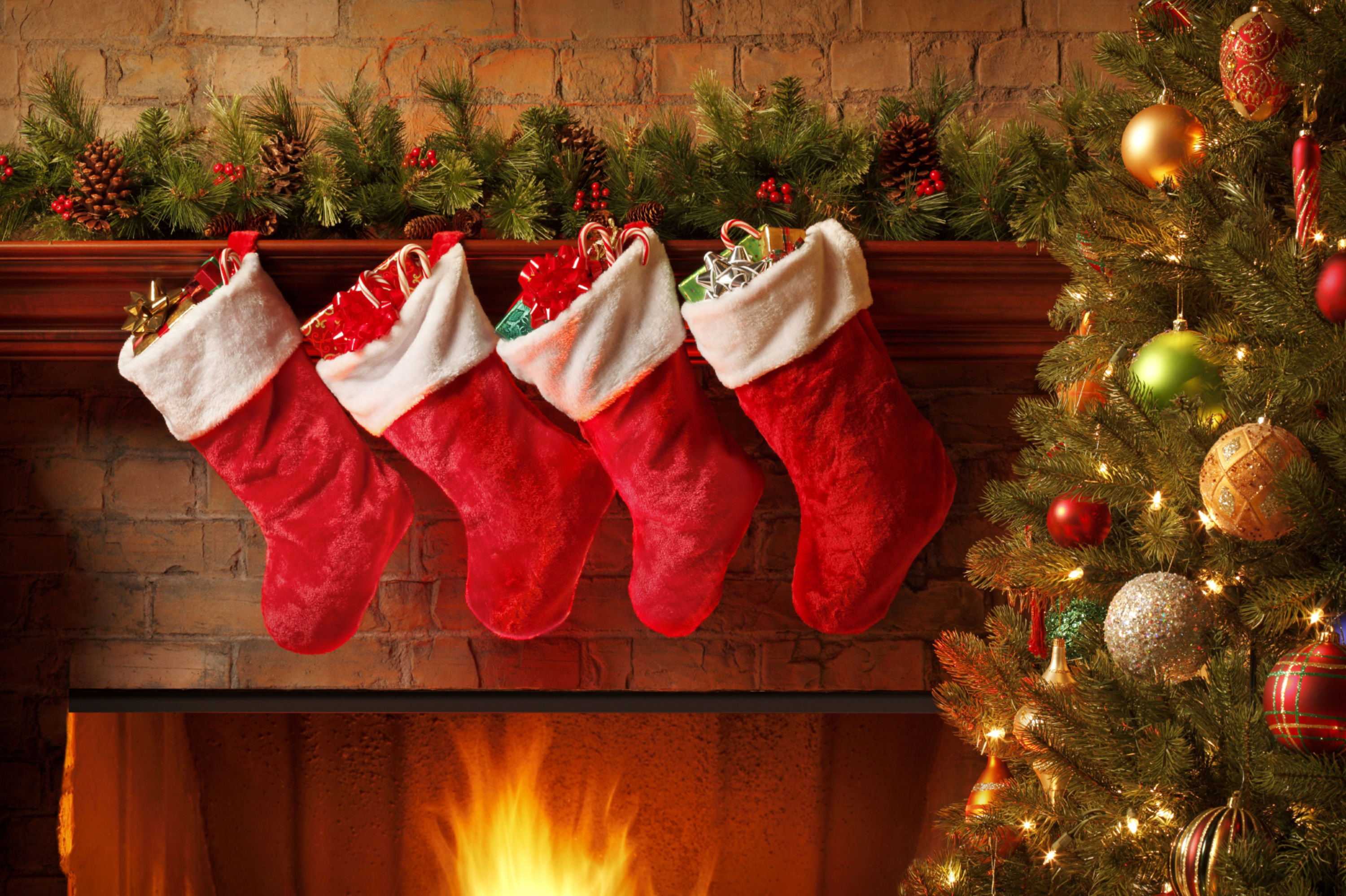 Fireplace clipart holiday Christmas Happy Fireplace (12) Stockings