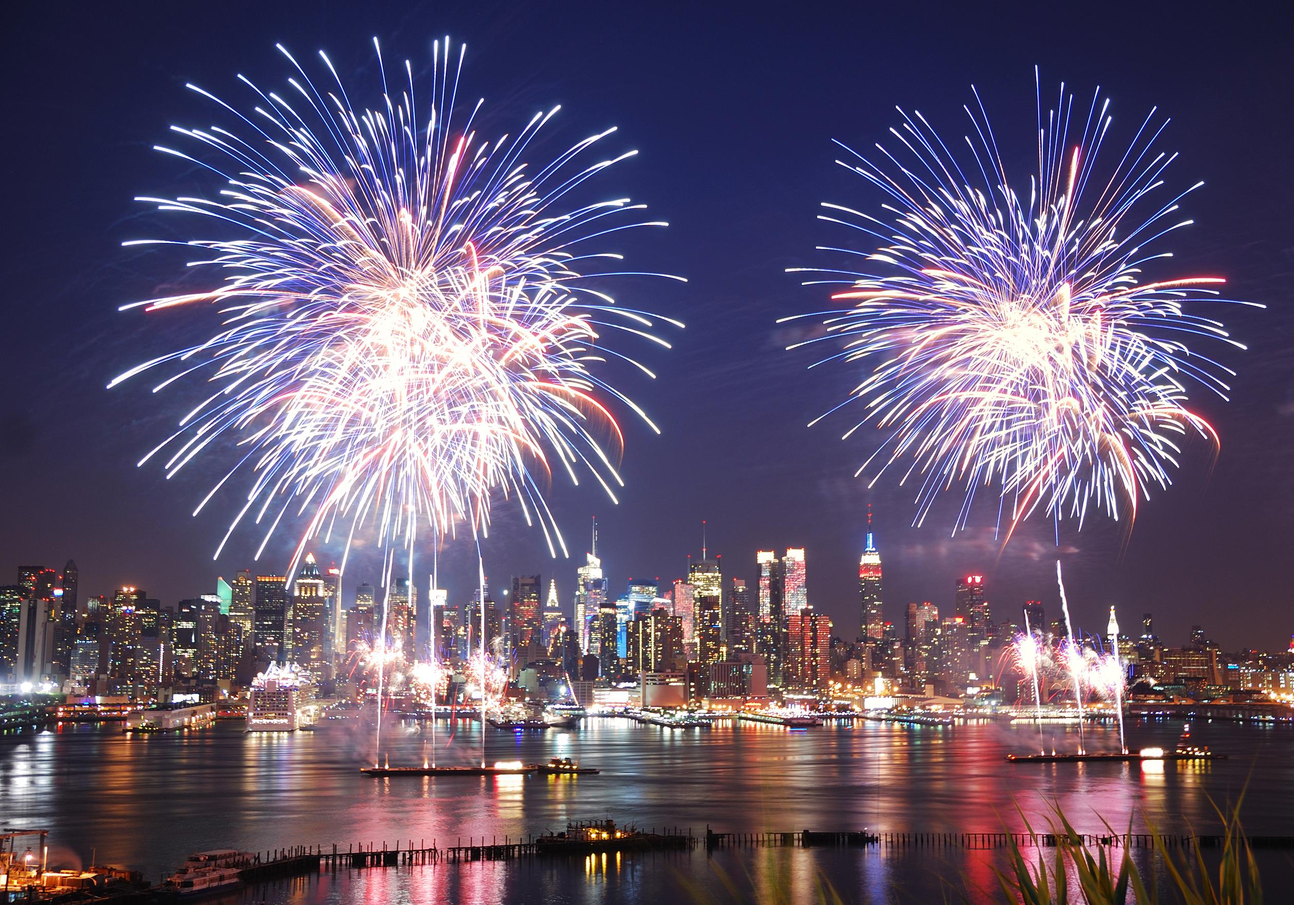 Fireworks clipart enjoyment NEW York firework the in