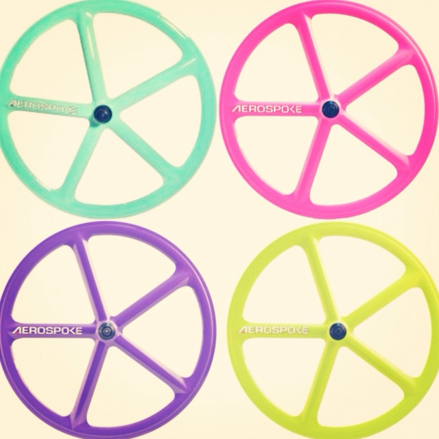 Fixie clipart race bike  Pinterest Wheels Aerospoke Fixie