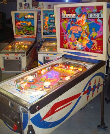 Pinball clipart video arcade Images Flippers more Pinball 73