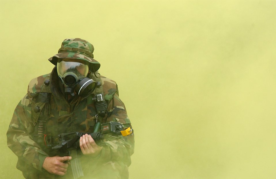 Gas Mask clipart smoke Gas in Stock Soldier Photo