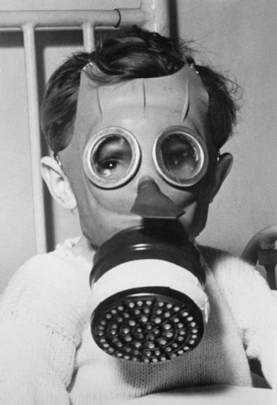 Gas Mask clipart ww2 Less gas about best scary