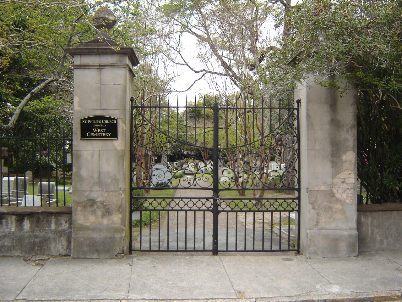 Gate clipart charleston sc St of West Cemetery Scares