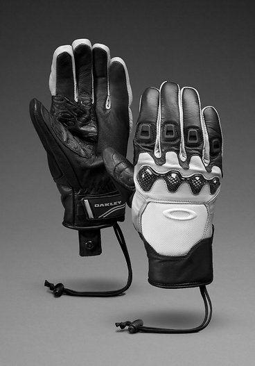 Glove clipart winter gear Gloves Winter Snowboarding Oakley 25+