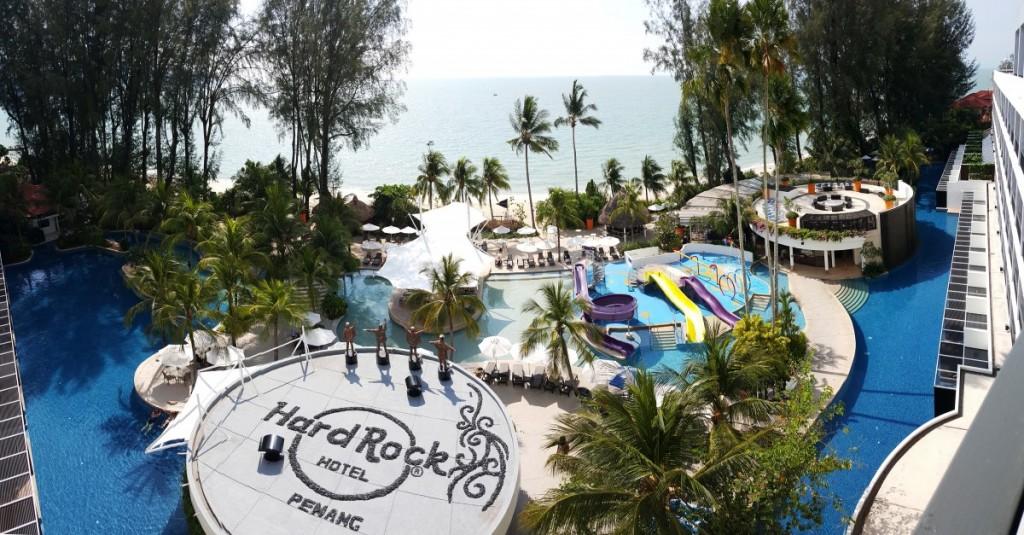 Hard Rock clipart sea rock Pool Hard Hotel swimming 3mb