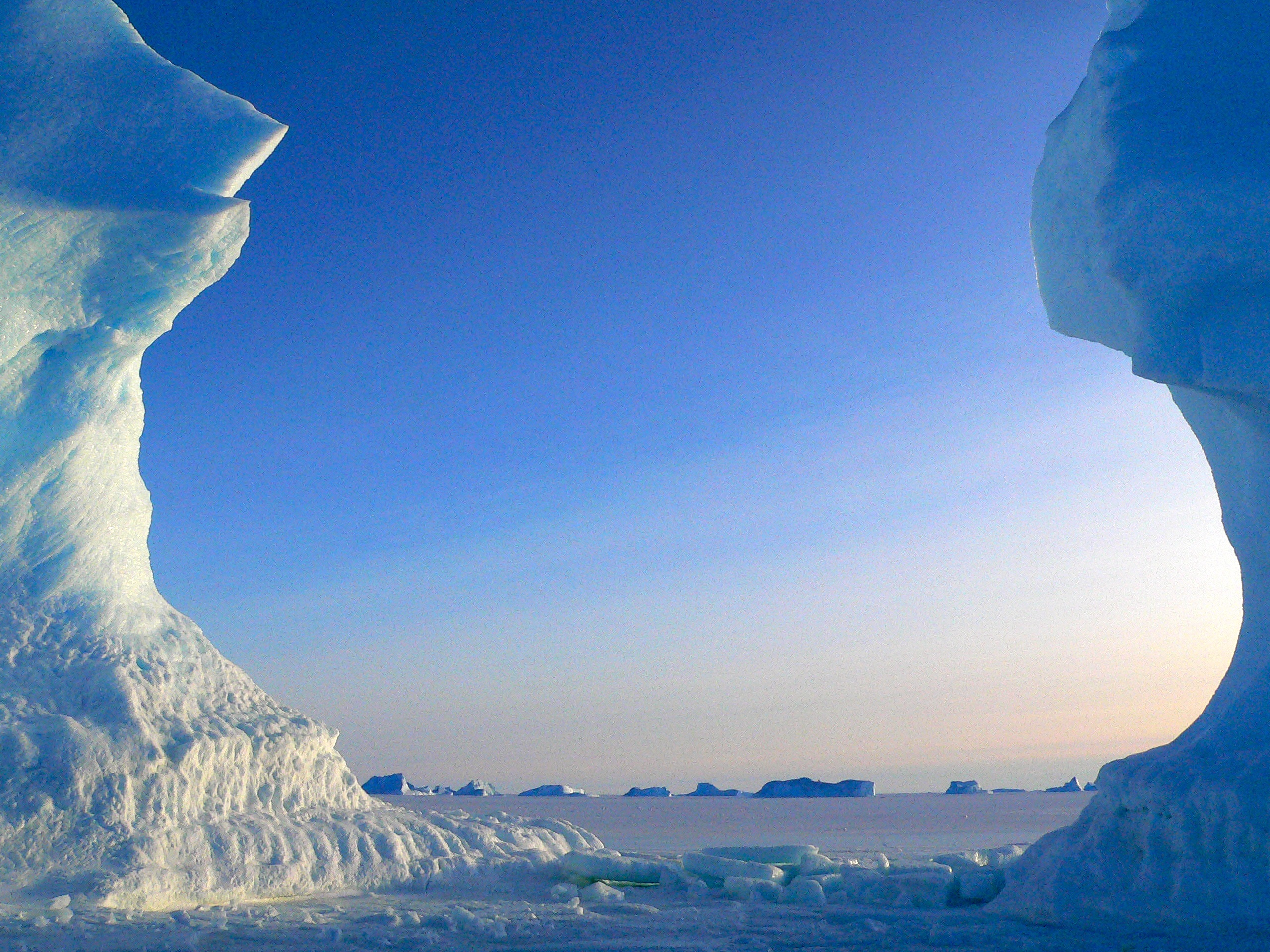 Antarctica clipart iceberg Arching  large Public A