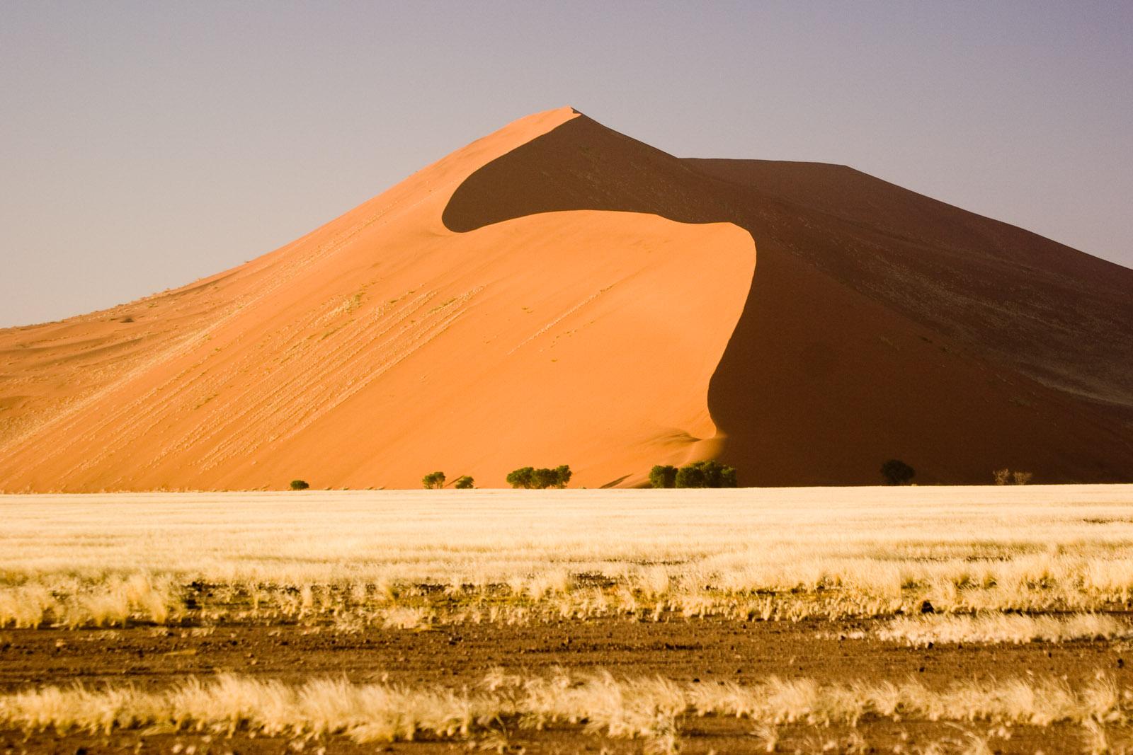 Sahara clipart desert mountain #1