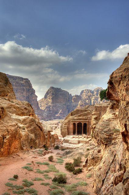 Jordania clipart jordan 3 Best 25+ tomb Petra to