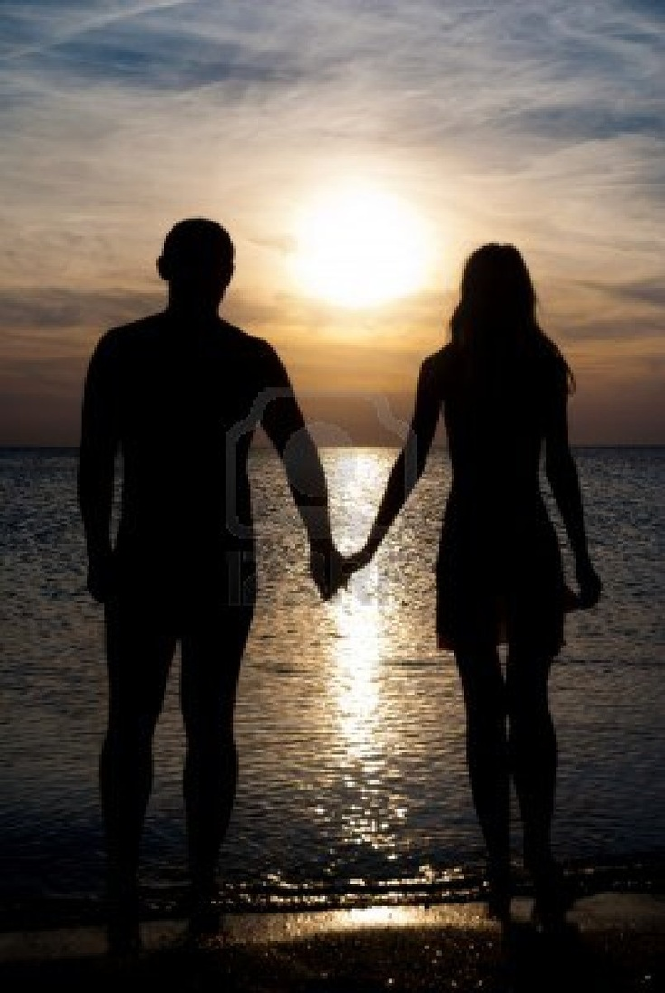 Kopel clipart couple holding hand Sea On Silhouette A Holding