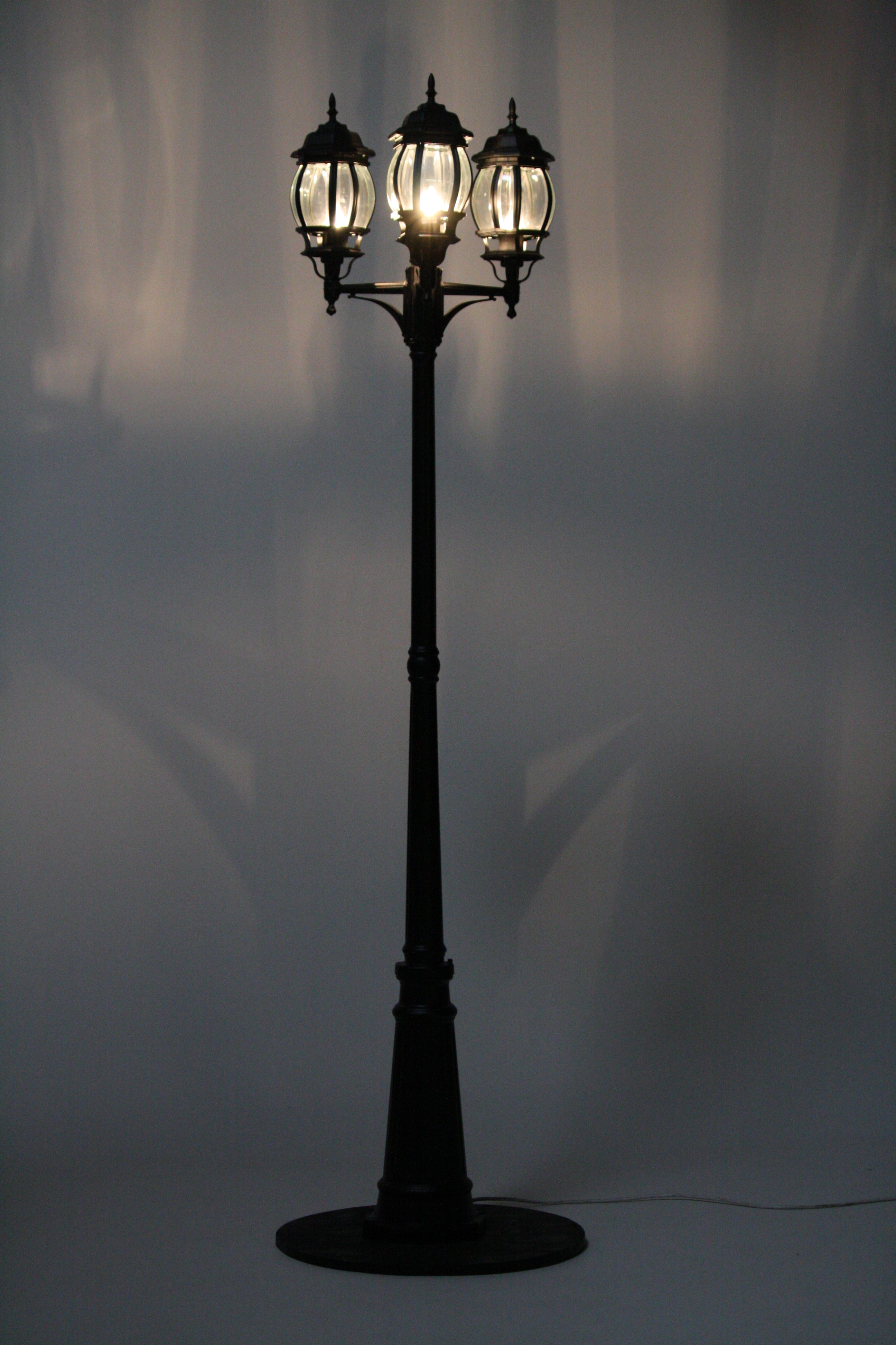 Lamp Post clipart traditional Free Street Free Public Photo