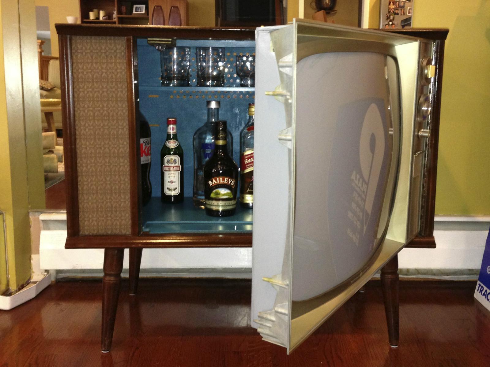 Liquor clipart vintage cocktail On Liquor Vintage ideas Hidden