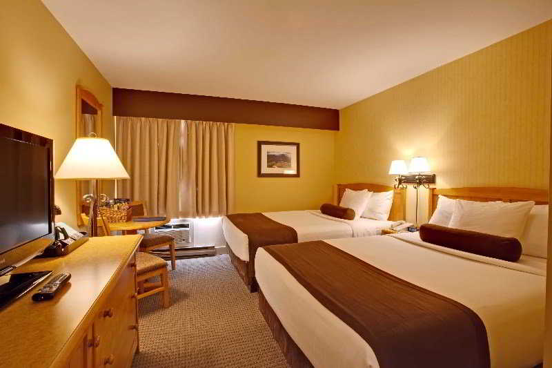 Suites Lodge Hotel & Whistler