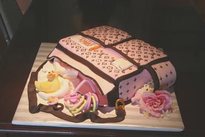 Louis Vuitton clipart guggi Bag Baby Vuitton Vuitton Cake