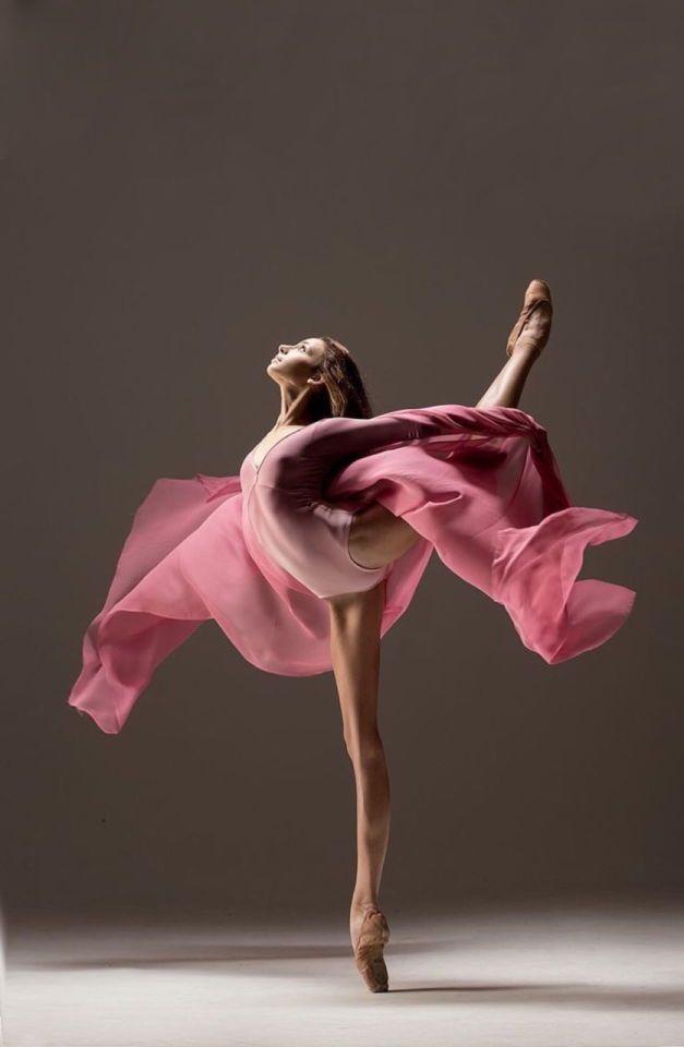 Meringue clipart modern dance Poses ideas  Dancer Best