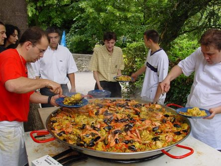 Paella clipart mexican culture The and flavor toward to